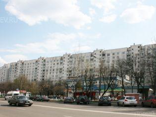 Королев, ул. Исаева, 4 - 30 апреля 2011 г.